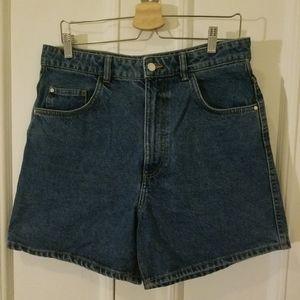 Highwaisted mom shorts